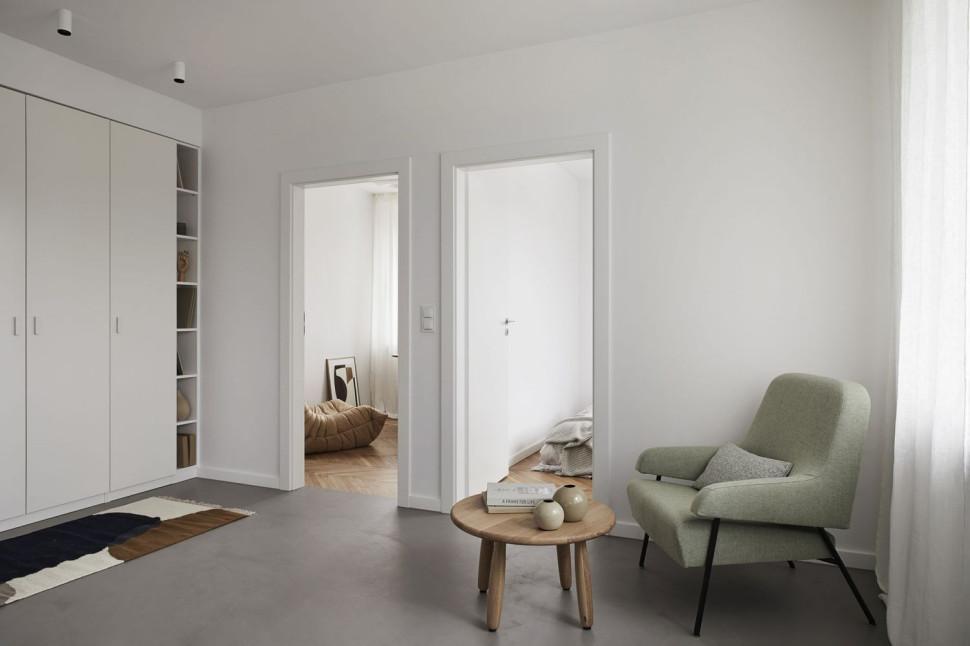 Dodatkowy pokój w mieszkaniu Kuchnia w odświeżonym mieszkaniu na ul.  Niepodległości w Warszawie